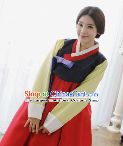Korean Traditional Mother Hanbok Garment Black Satin Blouse and Red Dress Asian Korea Fashion Costume for Women