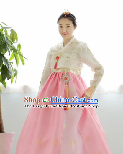 Korean Traditional Court Hanbok Garment White Blouse and Pink Dress Asian Korea Fashion Costume for Women