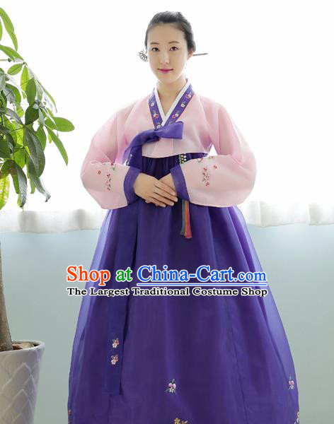 Korean Traditional Court Hanbok Garment Pink Blouse and Purple Dress Asian Korea Fashion Costume for Women