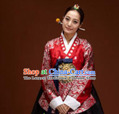 Korean Traditional Court Hanbok Garment Red Blouse and Dress Asian Korea Fashion Costume for Women