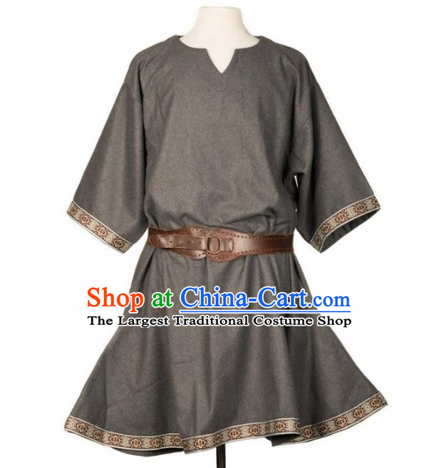 Western Middle Ages Drama Grey Shirt European Traditional Knight Costume for Men