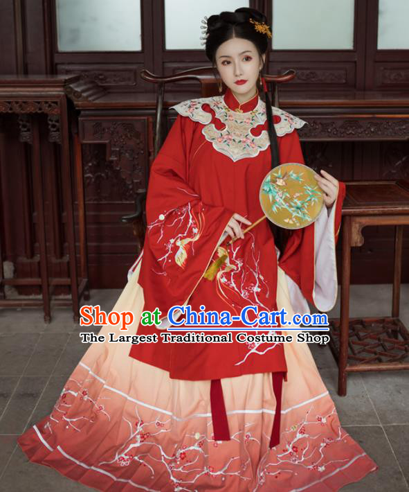 Chinese Ancient Royal Princess Embroidered Red Dress Traditional Ming Dynasty Court Lady Costumes for Women