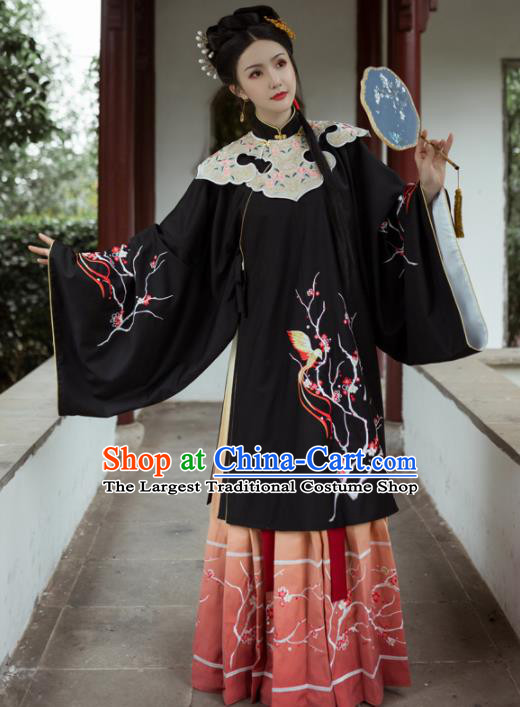 Chinese Ancient Aristocratic Lady Embroidered Black Dress Traditional Ming Dynasty Royal Princess Costumes for Women