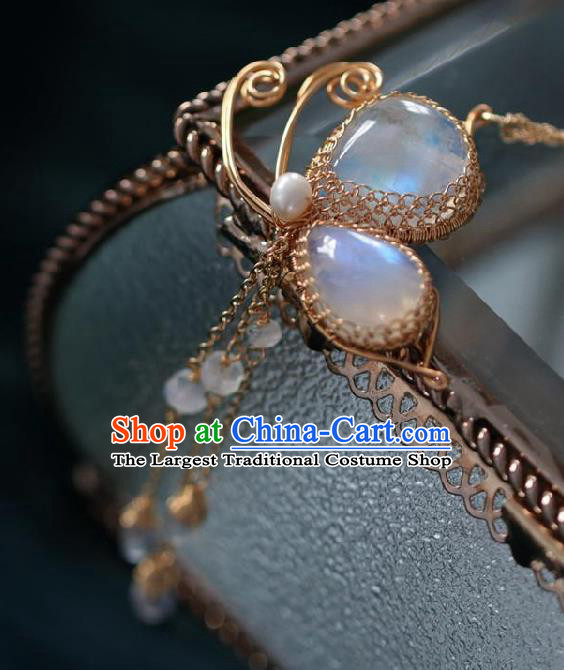 Chinese Traditional Ming Dynasty Moonstone Butterfly Tassel Necklace Handmade Ancient Princess Necklet Accessories for Women