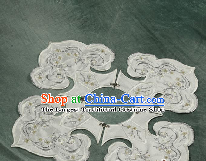 Traditional Chinese Hanfu Embroidered White Cloud Shoulder Handmade Ancient Princess Cape Accessories for Women