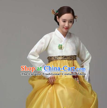 Korean Traditional Dance Hanbok White Blouse and Yellow Dress Garment Asian Korea Fashion Costume for Women