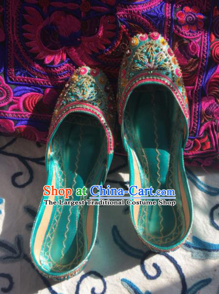 Asian India Traditional Embroidered Beads Green Leather Shoes Indian Handmade Shoes for Women