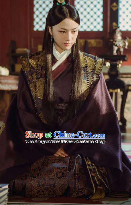 Ancient Drama Chinese Ming Dynasty Noble Consort Sun Ruowei Replica Costumes and Headpiece Complete Set
