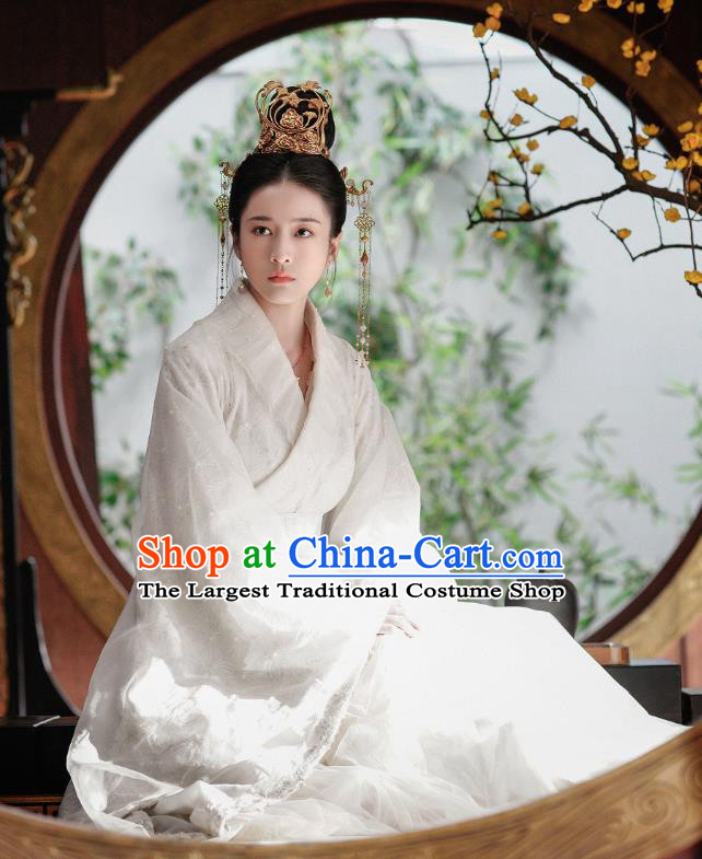 Chinese Ancient Princess Drama Princess Silver Rong Le Historical Costume and Headpiece for Women