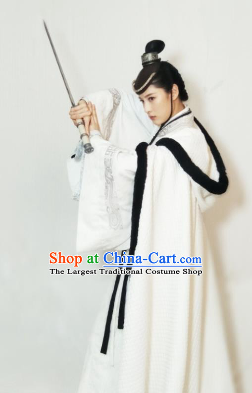 Chinese Ancient Female Swordsman Ye Celeng Dress Historical Drama Sword Dynasty Costume and Headpiece for Women