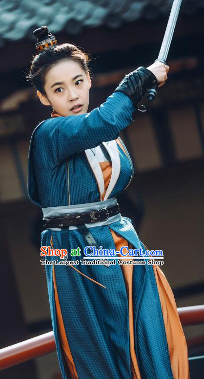 Chinese Ancient Female Swordsman Historical Costumes and Headwear Drama Tang Dynasty Tour Li Anlan Blue Dress