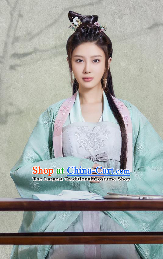 Chinese Ancient Patrician Lady Historical Costumes and Headpieces Drama Tang Dynasty Tour Lu Xinyue Dresses