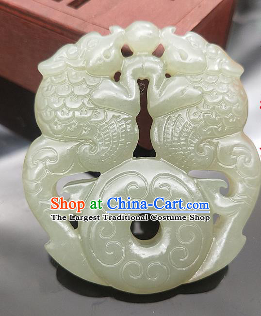 Chinese Handmade Jade Carving Lion Accessories Handgrip Craft Jade Jewelry Jade Necklace Pendant