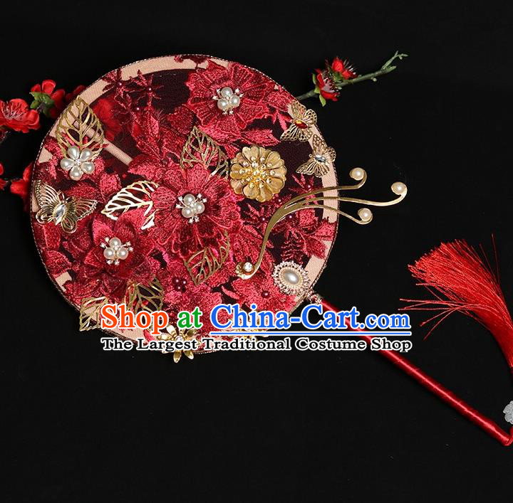 Chinese Handmade Bride Prop Traditional Hanfu Fan Ancient Wedding Round Fan Red Embroidered Palace Fan