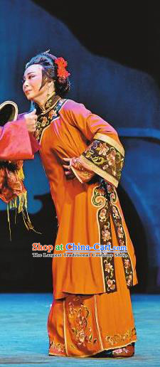 Chinese Sichuan Opera Highlights Elderly Female Garment Costumes and Headdress The Sound of Bell Traditional Peking Opera Dame Dress Pantaloon Apparels