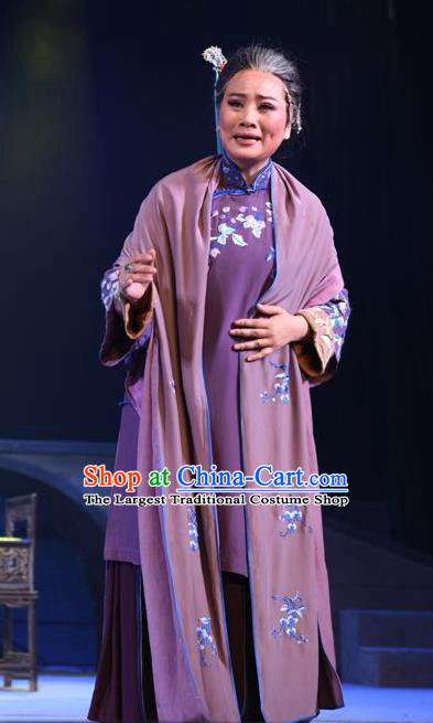 Chinese Sichuan Opera Highlights Elderly Woman Ge Laifeng Garment Costumes and Headdress The Sound of Bell Traditional Peking Opera Dame Dress Pantaloon Apparels