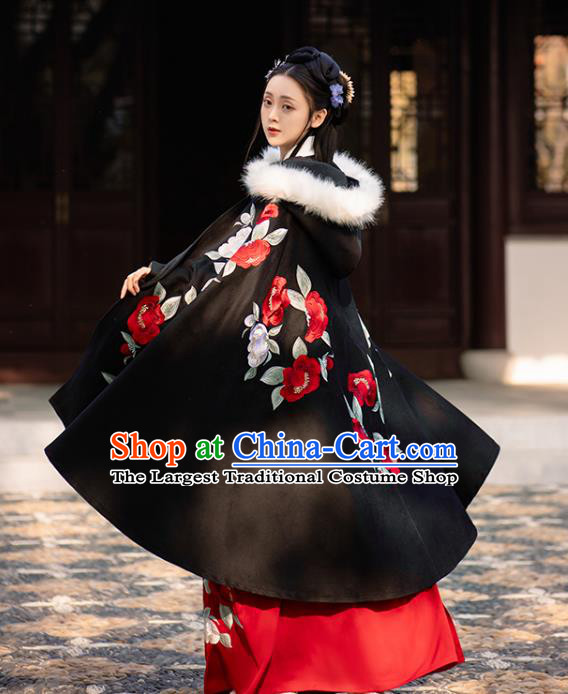 Chinese Ming Dynasty Embroidered Black Cape Costumes Traditional Ancient Noble Lady Garment Hanfu Cloak for Women