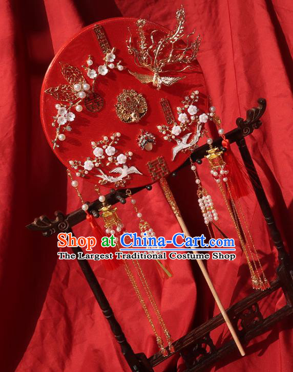 China Classical Dance Fan Traditional Wedding Red Circular Fan Handmade Bride Plum Blossom Palace Fan
