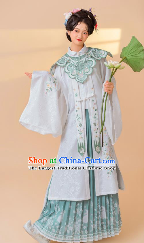 China Traditional Hanfu Dress Ancient Ming Dynasty Palace Lady Historical Clothing Full Set
