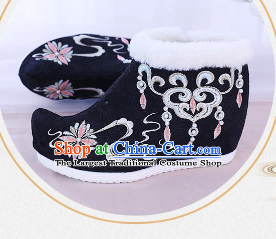 China Traditional New Year Shoes Embroidered Black Boots National Winter Ankle Boots