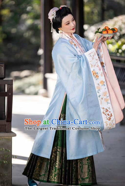 China Traditional Ming Dynasty Imperial Consort Hanfu Clothing Ancient Court Beauty Historical Costumes