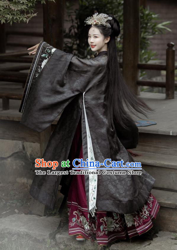 China Ancient Royal Princess Hanfu Dress Apparels Traditional Ming Dynasty Court Woman Historical Clothing