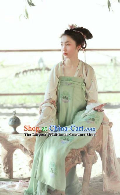 China Ancient Young Beauty Green Hanfu Dress Traditional Tang Dynasty Village Girl Historical Clothing